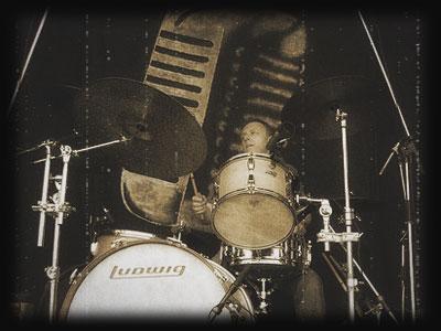 Image of Nick Lauro at Worthenbury Blues Festival, 2009
