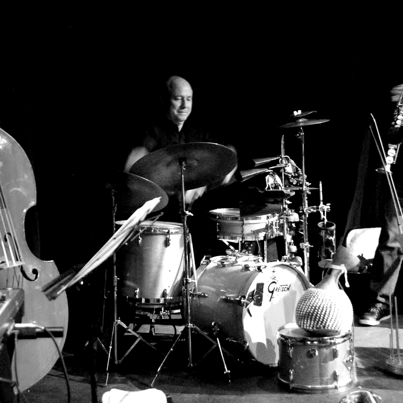 Dave Hassell, gigging in 2012